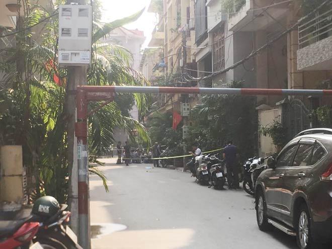 Vụ 2 nữ sinh bị đâm chết trong phòng trọ ở HN: Nghi phạm đã tử vong - 1