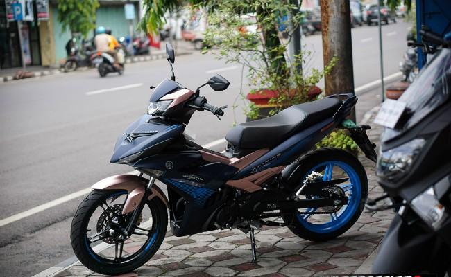 Hiện giá bán của Exciter Doxou ở thị trường Việt Nam khởi điểm lên tới 48 triệu VNĐ, đắt hơn gần 10 triệu VNĐ so với mẫu xe cùng loại ở thị trường Indonesia.