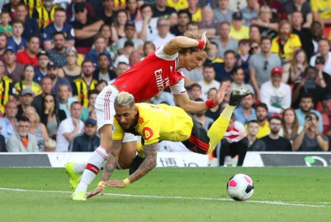 """Arsenal hòa như thua: Báo Anh """"vạch mặt"""" 2 tội đồ, cười kẻ ăn mừng sớm - 1"""