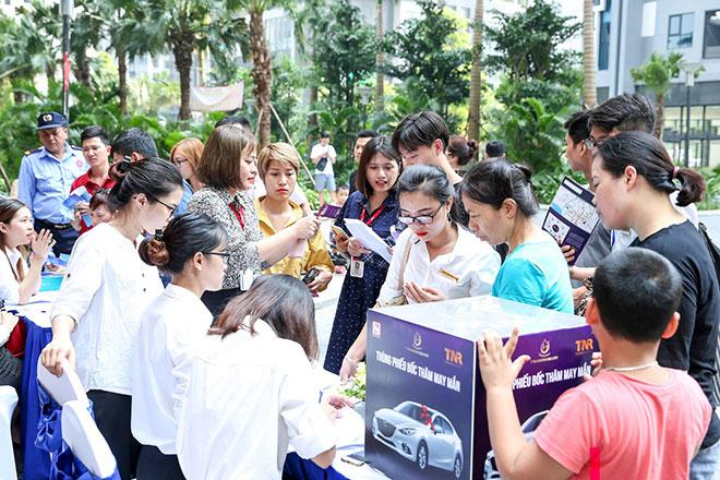 Gần 500 khách hàng tham dự sự kiện tri ân dự án TNR Goldmark City - 1