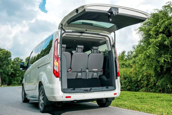 MPV gia đình Ford Tourneo chính thức ra mắt thị trường Việt, giá dưới 1 tỷ đồng - 10