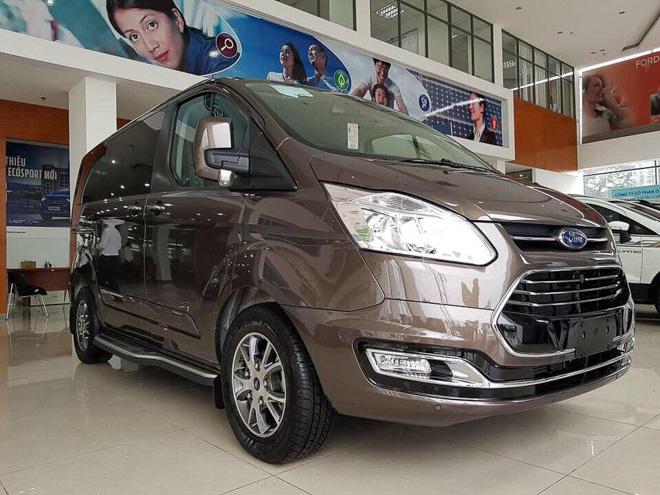 MPV gia đình Ford Tourneo chính thức ra mắt thị trường Việt, giá dưới 1 tỷ đồng - 1