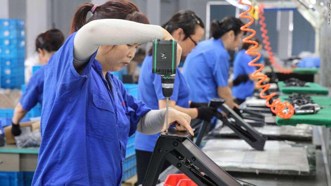 """Kinh tế Trung Quốc tiếp tục """"trầy vi tróc vảy"""" trong thương chiến với Mỹ - 1"""