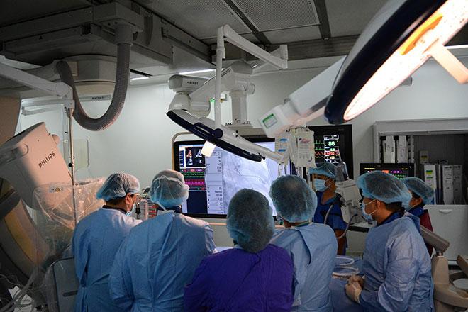 Bệnh viện Việt trong cuộc đua công nghệ - 1