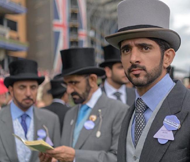 Giống như người cha, Fazza cũng yêu thích đua ngựa. Hàng năm, chàng trai trẻ vẫn tham gia vào các cuộc đua ngựa Royal Ascot.