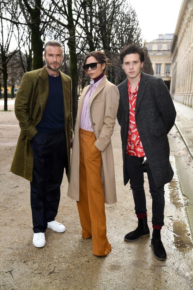 Vì sao quý tử của Beckham thích đi giày rách tươm nhiều năm nay? - 1