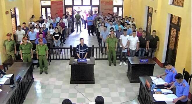 """""""Thánh livestream"""" Trần Đình Sang lĩnh án 2 năm tù - 1"""