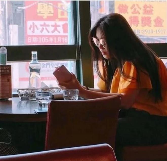 """""""Xà tinh đẹp nhất xứ Trung"""" lộ dấu hiệu lão hóa dù chăm dưỡng nhan - 1"""