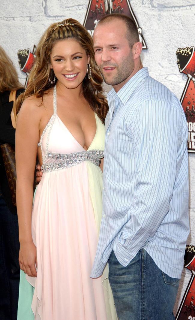Jason Statham chính là mối tình của Kelly trong suốt 7 năm, từnăm 1997 đến 2004.
