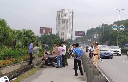 Nguyên nhân người phụ nữ bị kẻ lạ mặt đâm nguy kịch trên cầu Bãi Cháy - 1