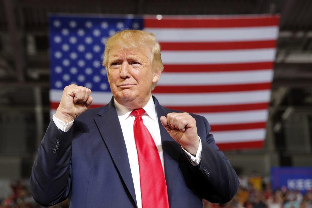 Trump: Mỹ có thể lập tức tấn công vào 15 mục tiêu ở Iran - 1