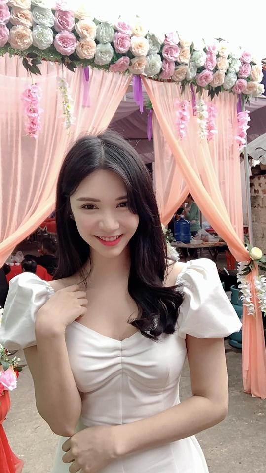 Tậu xong nhà tiền tỷ, Thanh Bi vướng nghi vấn quay lại với tình cũ Quang Lê - 1