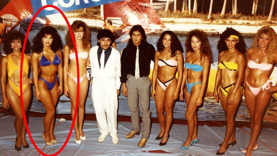 Ảnh bikini nóng bỏng tuổi 18 của bạn gái tỷ phú giàu nhất thế giới gây sốt mạng - 1