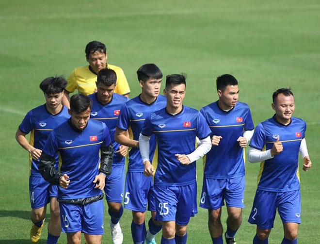 ĐT Việt Nam hội quân săn vé World Cup: Tân binh háo hức, hừng hực khí thế - 1