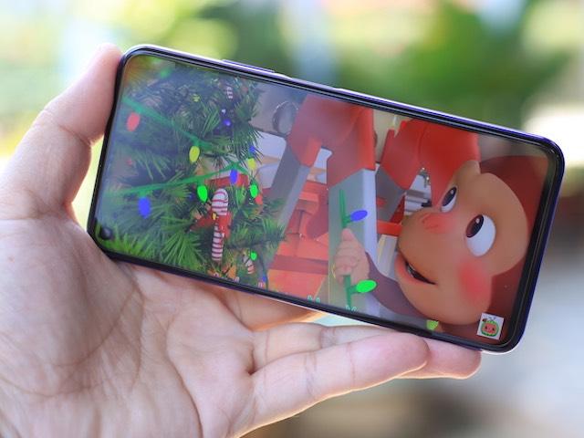 """Ảnh thực tế """"dế"""" Huawei Nova 5T với 5 camera AI, đầy đủ dịch vụ Google"""