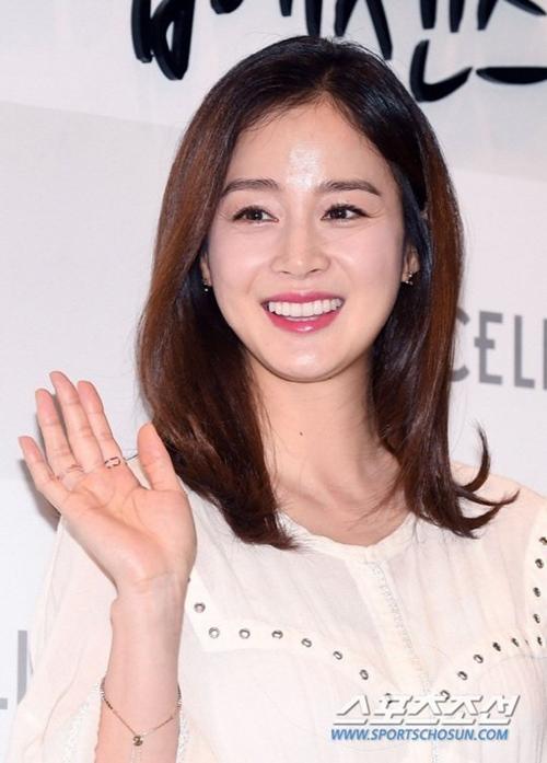Kim Tae Hee 2 con vẫn triệu người mê nhờ thứ 20 ngàn đồng/kg bán đầy ở Việt Nam - 1
