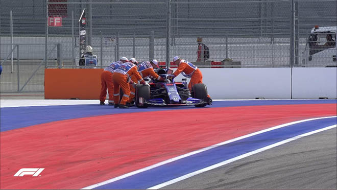 """Đua xe F1, chạy thử Russian GP: """"Ngựa chiến"""" – """"Bò húc"""" thi nhau xưng bá - 1"""