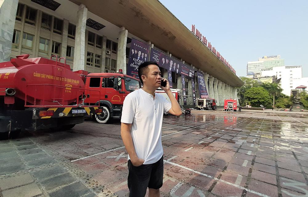 Sân khấu Cung Việt Xô bất ngờ bị cháy trước đêm diễn đầu tiên của liveshow Quang Hà - 1