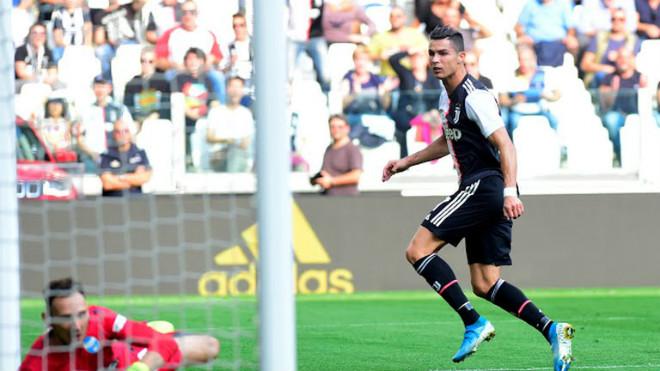 """Video highlight trận Juventus - SPAL: Siêu phẩm """"mở khóa"""", Ronaldo định đoạt - 1"""