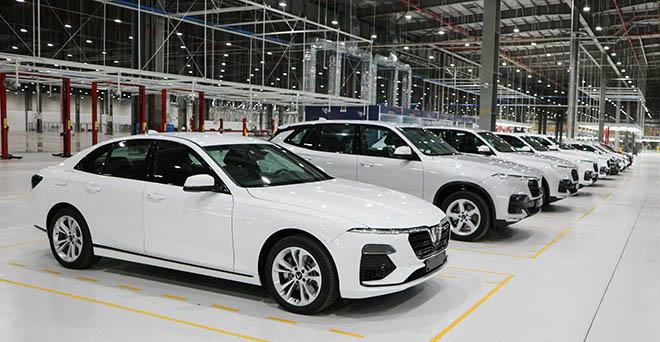 Rò rỉ bảng giá mới của xe VinFast LUX, phiên bản cao nhất lên tới 1,75 tỷ VNĐ - 1