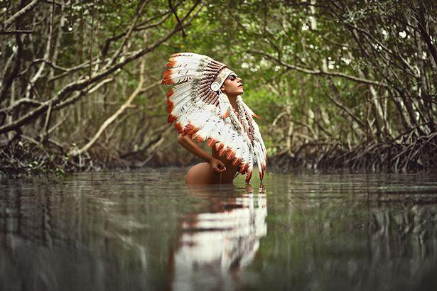 """Ảnh nóng bỏng """"bảo vệ rừng Amazon"""" của Hoa hậu siêu vòng 3 Brazil - 1"""