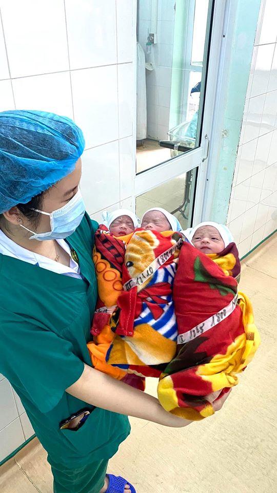 Sản phụ sinh 3 cùng trứng cực kỳ hiếm, tỉ lệ 1/60.000 – 1/200 triệu ca - 1
