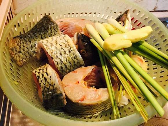 Ngán cá rán, cá kho, làm món cá hấp với nguyên liệu này, vừa nhanh, vừa dễ lại còn ngon miệng, đẹp mắt - 1