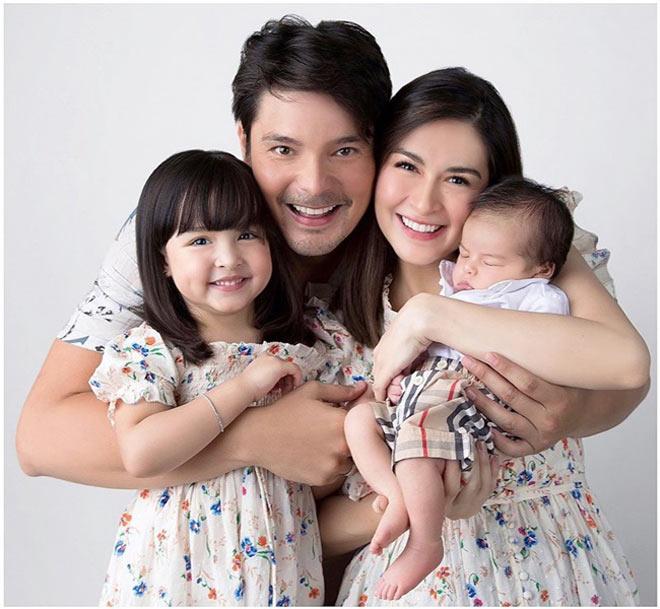 """Mê mẩn nhan sắc trời cho của con gái mỹ nhân đẹp nhất Philippines, mới 5 tuổi cát-xê đã """"vượt mặt"""" mẹ - 1"""