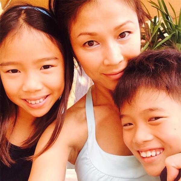 Bản hợp đồng dạy con đặc biệt của nữ diễn viên khiến con trai tự giác thu hút hàng nghìn like - 1