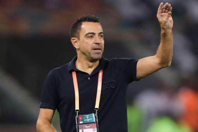 Ghế HLV trưởng Barca nóng rực: Huyền thoại Xavi sắp trở về dẫn dắt Messi - 1
