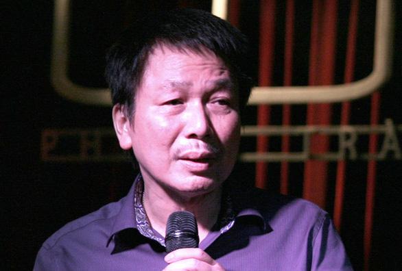 Lệ Quyên lo lắng khi nhạc sĩ Phú Quang bệnh nặng, phải thở máy - 1