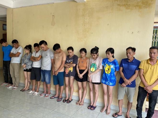 """Đi làm ăn xa, mở """"đại tiệc"""" ma túy mời bạn bè từ miền Nam ra Sầm Sơn để """"bay lắc"""" - 1"""
