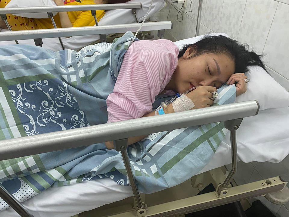 Phi Thanh Vân phải nhập viện cấp cứu khiến fan lo lắng - 1