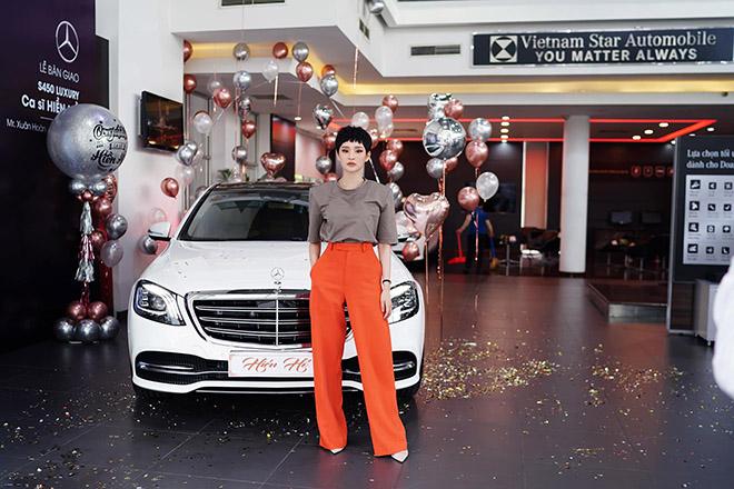 Nữ ca sĩ Hiền Hồ tậu Mercedes-Benz S450L Luxury gần 5 tỷ đồng - 1