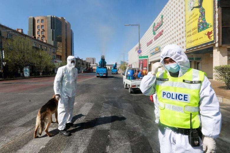 Thành phố Trung Quốc phát thông điệp khẩn cấp về dịch bệnh mới - 1