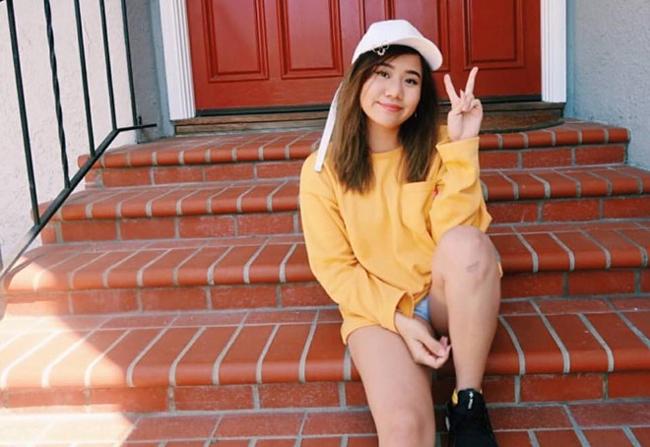 Con gái đầu của MC Kỳ Duyên là Nguyễn Maili, 23 tuổi. Với niềm đam mê nhạc K-Pop, cô gái cá tính này đã quyết định sang Hàn Quốc để làm việc.