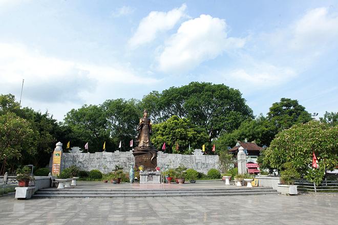 Những điều chưa biết về bức tượng đồng nguyên chất lớn nhất Việt Nam - 1