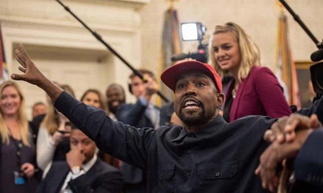 Tại New York, Kanye từng mua một căn hộ năm 2004 và bán năm 2018.