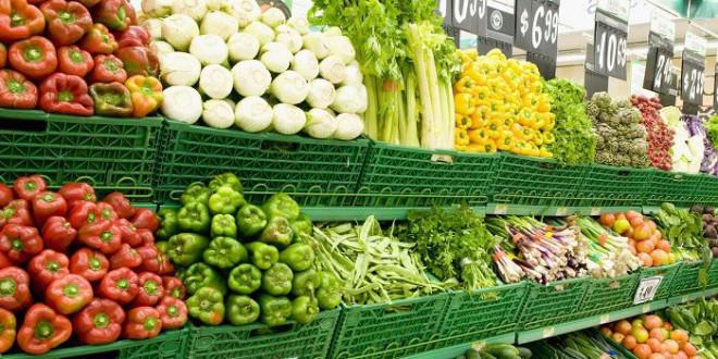 """Sự thật gây """"sốc"""" về độ sạch của rau quả bán ở siêu thị, chỉ nhân viên mới biết - 1"""