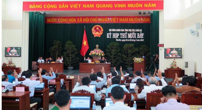 Miễn nhiệm chức danh Chủ tịch HĐND tỉnh Phú Yên của ông Huỳnh Tấn Việt - 1