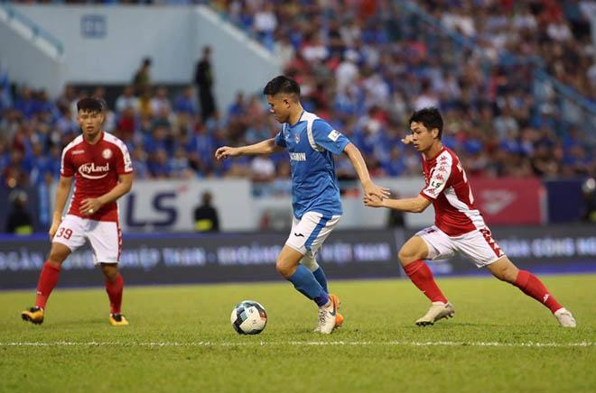 Vòng 9 V-League cực nóng: Công Phượng sáng nhất, kỳ tích bất bại gây sốc - 1