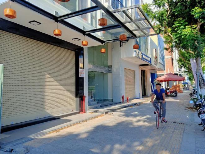 Rầm rộ rao bán khách sạn ven biển Đà Nẵng - 1