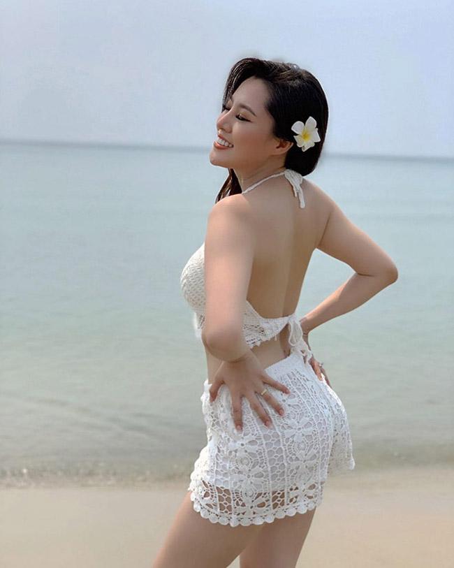 Sau màn mai mối sóng gió, Hoàng Sang đã tìm được bến đỗ của đời mình. Cô kết hôn vào năm 2019 và hiện tại đang có cuộc sống hạnh phúc.