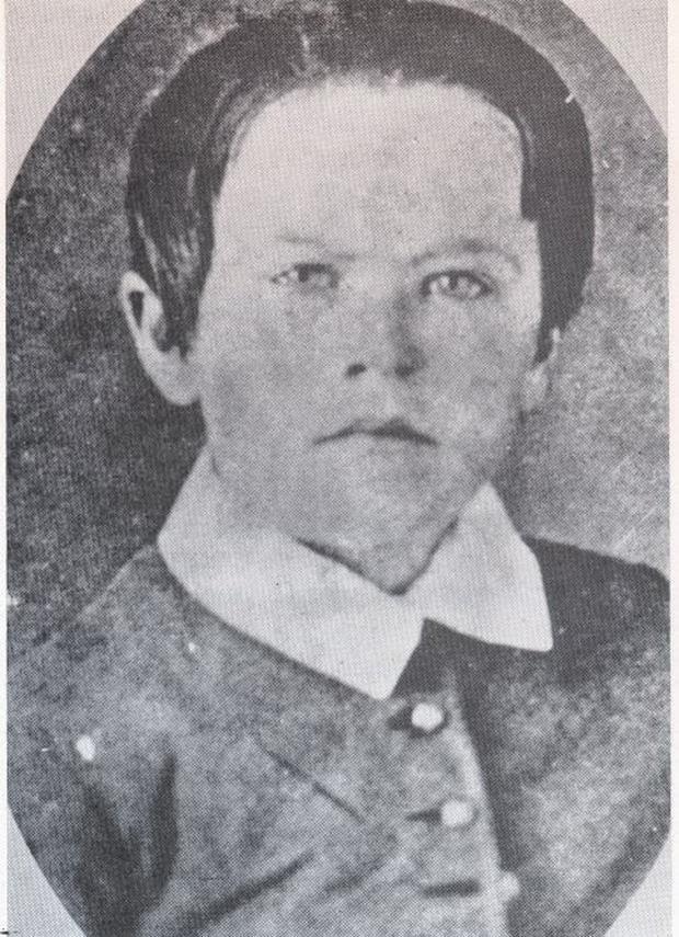 Lời nói dối giúp con thành thiên tài vang danh thế giới sau 20 năm của mẹ Edison - 1