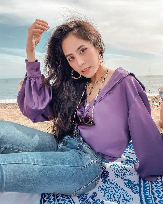 Ca nương có thân hình phồn thực đẹp nhất showbiz Việt được chồng ủng hộ mặc sexy - 1
