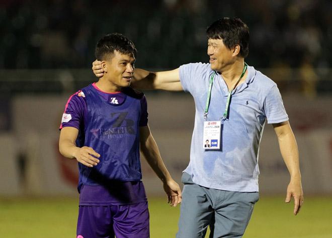 """CLB Sài Gòn thách thức cả V-League, HLV """"dị"""" nhất giải có nhường ghế? - 1"""
