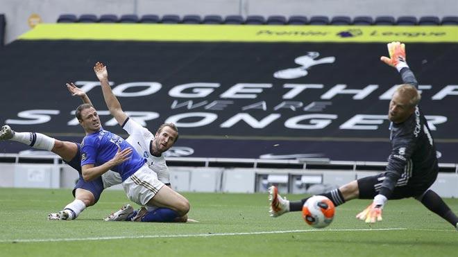 """Harry Kane tỏa sáng """"giúp"""" MU, Chelsea: Mourinho khen """"không ai sánh nổi"""" - 1"""