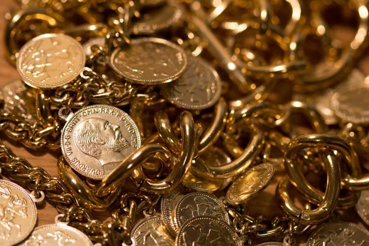 Ông chủ cửa hàng vàng bạc chôn 23 tỷ vàng bạc rồi thách người khác tìm ra - 1