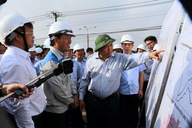 Thủ tướng Nguyễn Xuân Phúc kiểm tra thực địa dự án sân bay Long Thành - 1