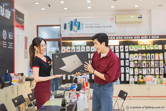 Smartphone, laptop đồng loạt giảm đến 10 triệu đồng tại FPT Shop - 1